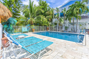 Pool Sea Pearl Family Vacation Rentals on the Beach